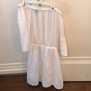 White MICHAEL STARS off the shoulder dress